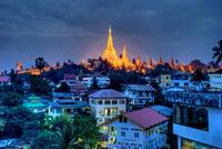 tablou noapte in myanmar (1)